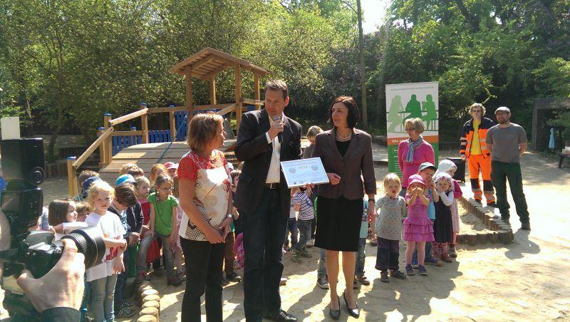 Erster Sonnenschutzkindergarten in Sachsen-Anhalt mit dem \
